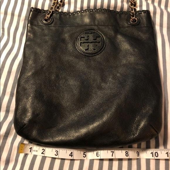 Tory Burch Handbags - Tory Burch black tote